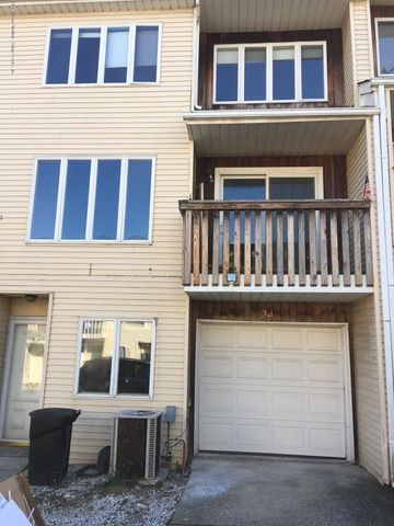 24 Challenger Drive, Staten Island, NY 10312