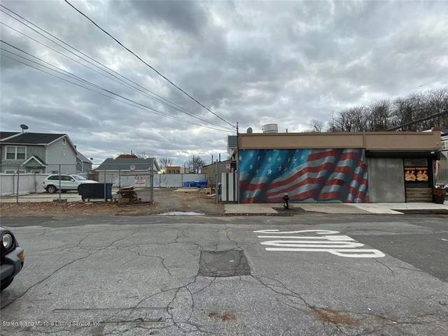 4112 Victory Boulevard, Staten Island, NY 10314