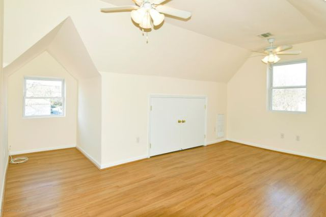 3rd flr master suite with nook
