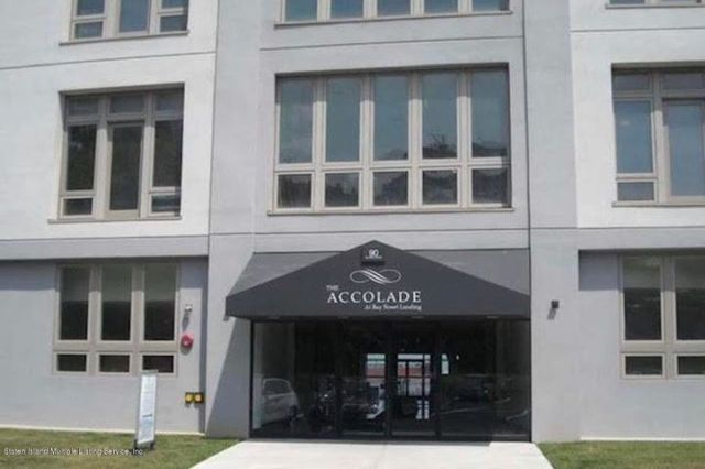THE ACCOLADE - located in the Bay Street Landing complex