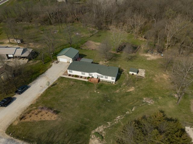 1123 County Road 1500, Moberly, MO 65270