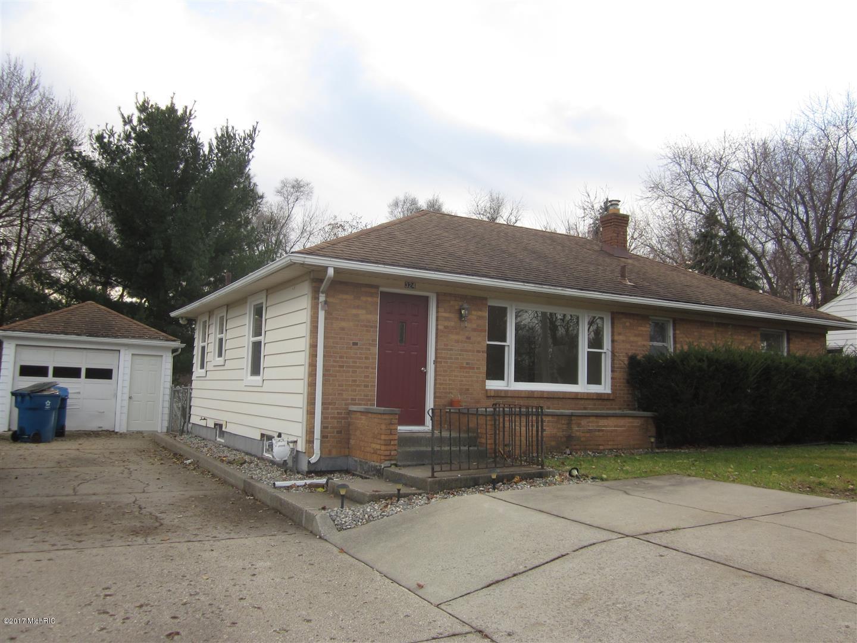 324 E Milham Avenue, Portage, MI 49002
