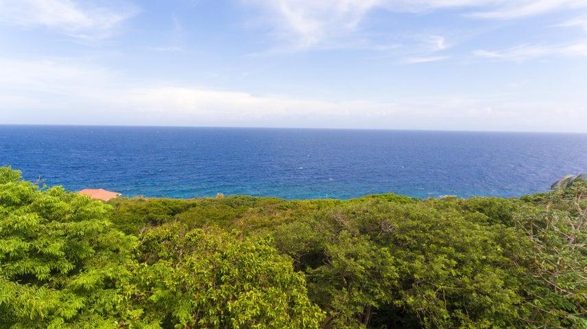 Sprawling Sea Views