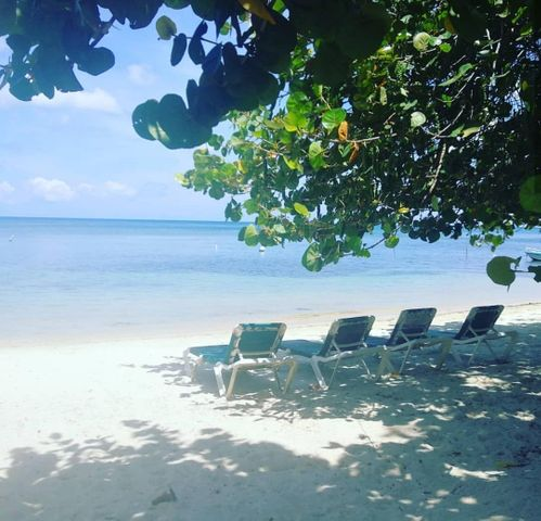 West Bay, Lot # 40 Kai Linda Way, Roatan,
