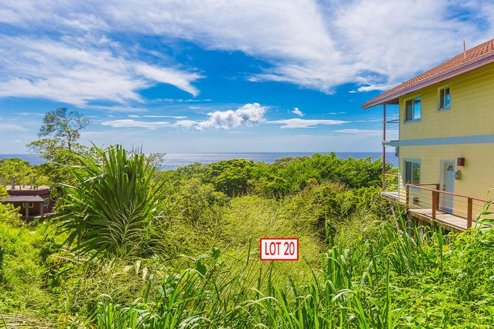 Clear ocean views from lot 20