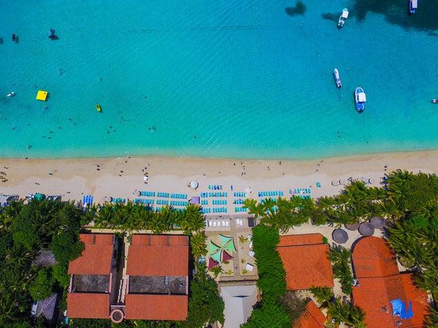 Aerial view of Mayan Princess Resort in West Bay