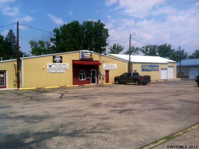 102 E Hart Street, Buffalo, WY 82834