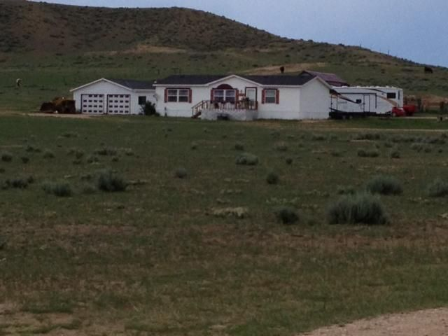 1336 Sussex Hwy, Kaycee, WY 82639