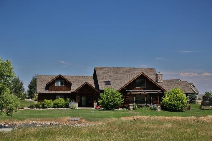 3 Valley Road, Big Horn, WY 82833