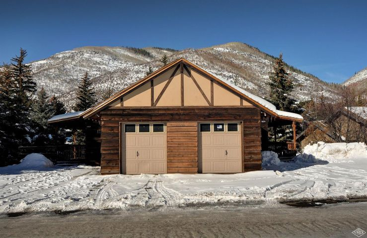 Wonderful opportunity to own river frontage on Gold Medal trout waters in West Vail with spectacular mountain views.This 3 bedroom plus loft, 2 bath duplex, is conveniently located near Donovan Park's open fields and playground, just a short walk to the bus stop (2 min), & easy access to the bike trail which leads you along Gore Creek into Lionshead & Vail Village. Same square footage and layout as attached 1823 W Gore Creek (MLS # 937611), however, this unit has not been renovated.