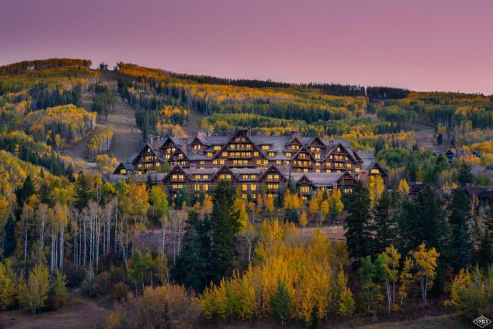 Enjoy worldwide advantages of ownership at the ski-in/ski-out Ritz-Carlton in Bachelor Gulch, Colorado. Suite 759 is a turn-key, 2-bedroom condominium with a full kitchen, 2 private balconies, a fireplace and an extra window with western views. Indulge in world renowned restaurants, a full-service spa, fitness center and outdoor heated pool. Additional amenities include 24-hour staff, valet ski services and free valet parking. Suite 759 is a whole-ownership residence located in the Ritz-Carlton.
