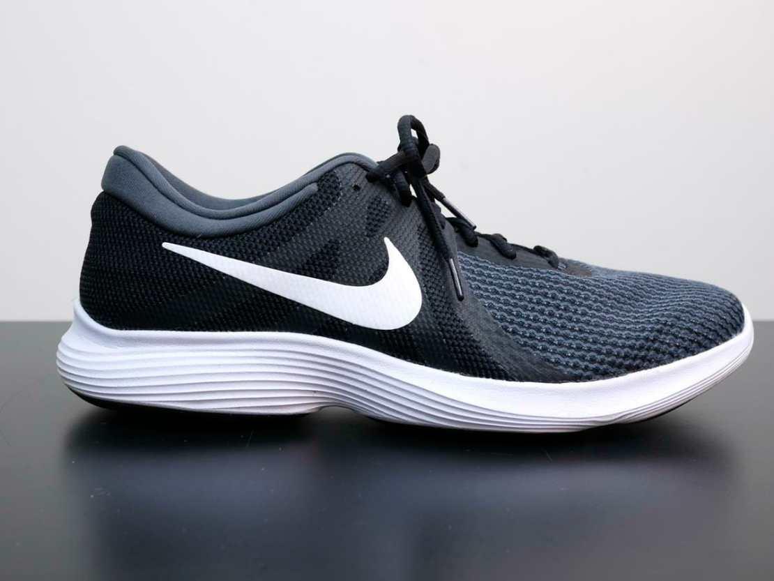 Nike Revolution 4 - Heel