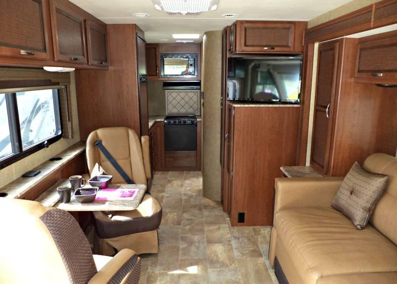 2015 Thor Motor Coach Axis 24.2, Class A