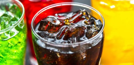Consumption of sugar-sweetened beverages was positively associated with mortality primarily through cardiovascular disease mortality and showed a graded association with dose. Image credit: Raw Pixel.