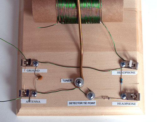 Photo of a complete homemade crystal radio circuit