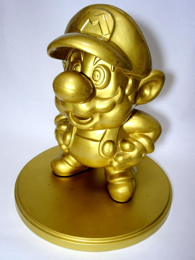 Gold Mario Incoming Amiibo Confirmed