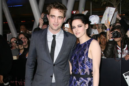 Robert Pattinson at Breaking Dawn movie premiere