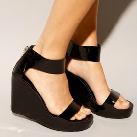 Zipper wedge