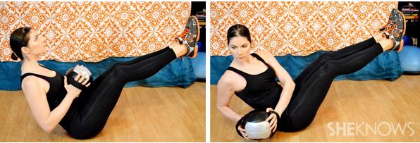 Oblique twist with medicine ball 1