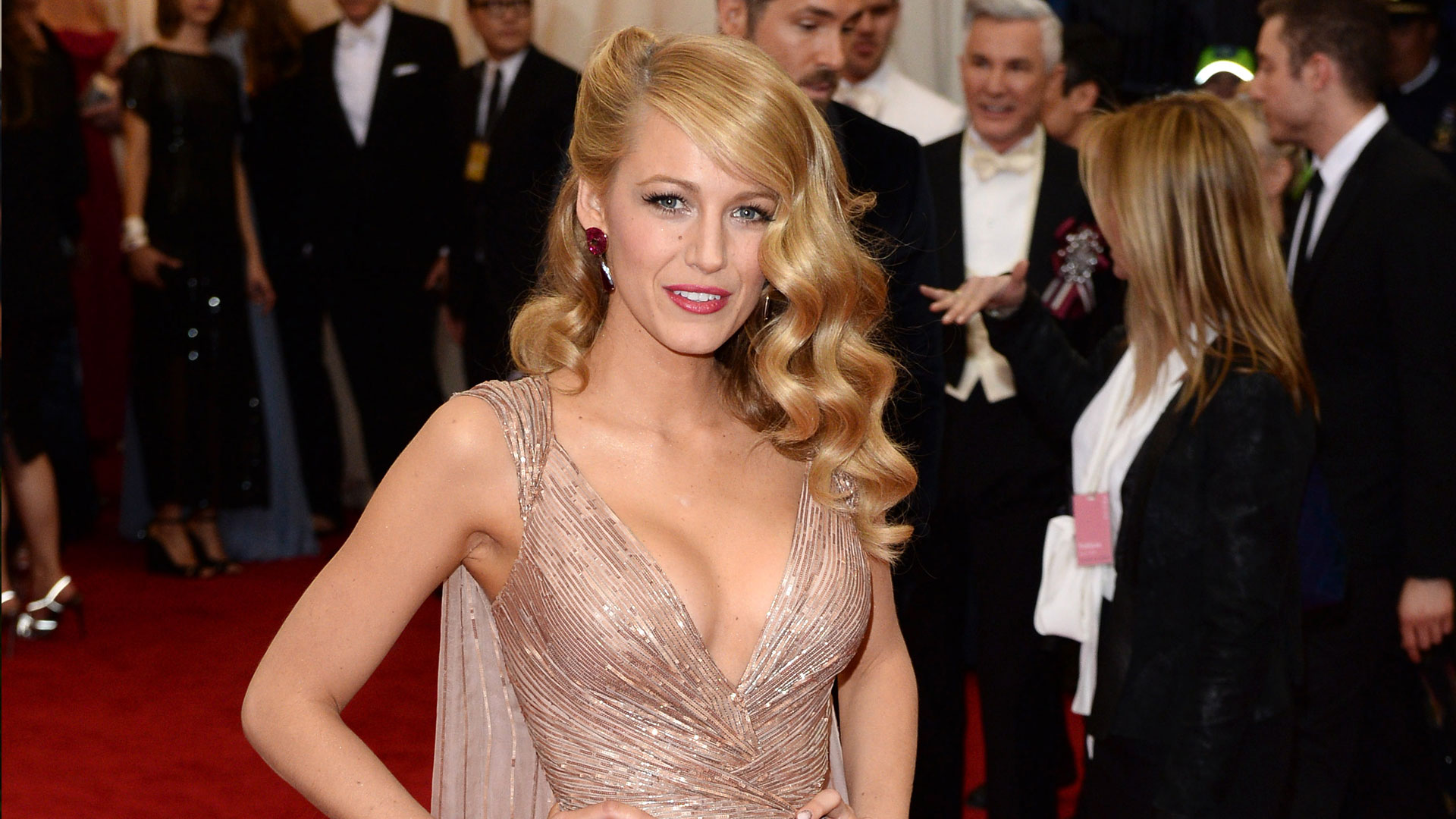 Get The Look Blake Livelys Met Gala Hair