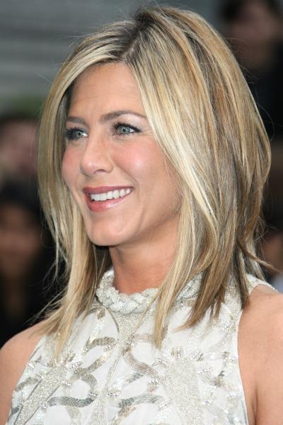 Jenifer Aniston Short Flippy Hairstyles