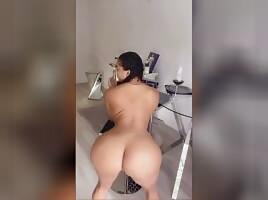 She sexy asf