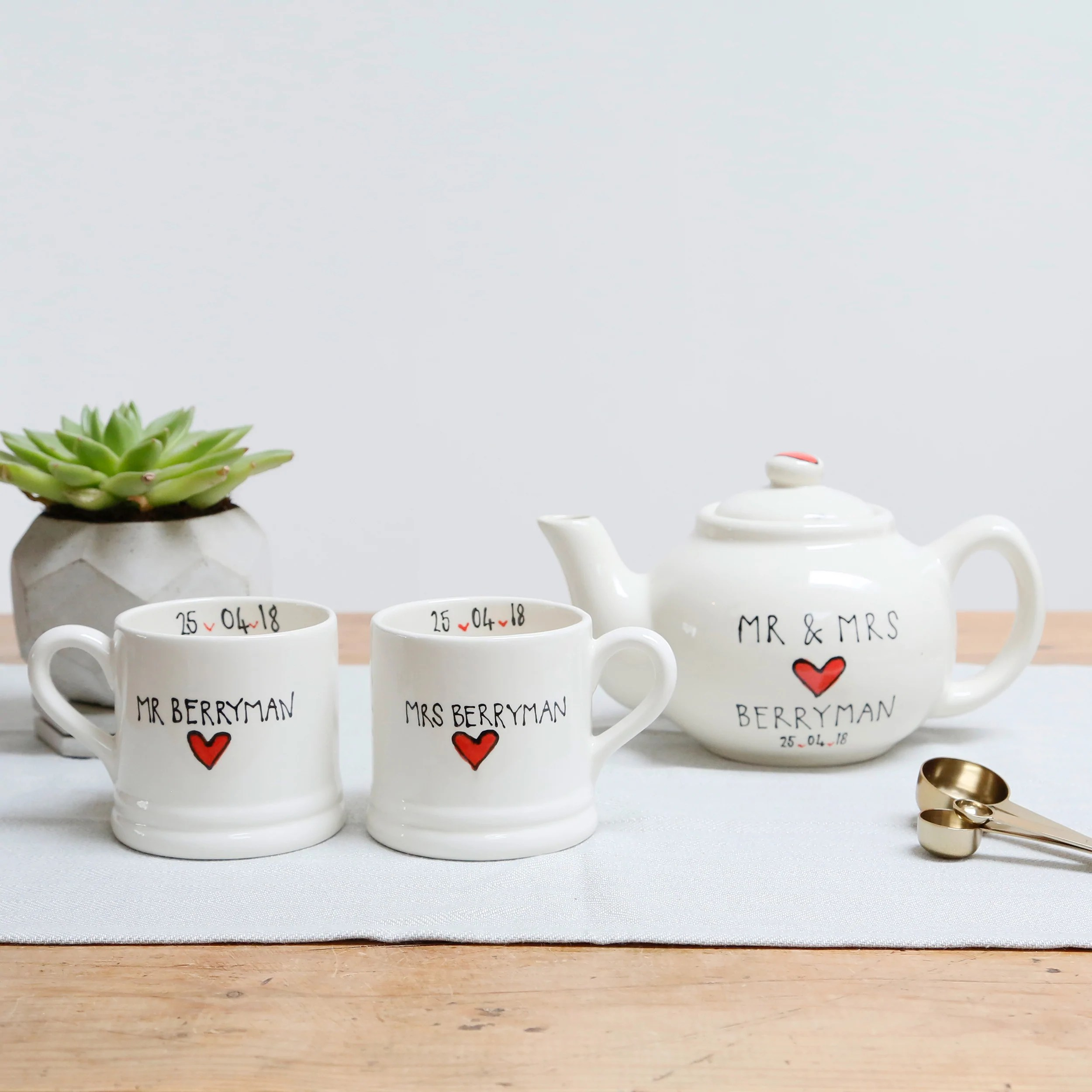 Classic Red Heart Mr And Mrs Teapot And Mugs Set White Rain Designs