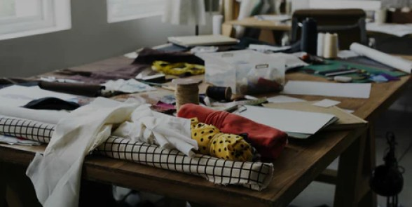 Clean the Clutter: Organizing a Neat and Tidy Work Space – Ellie and Mac