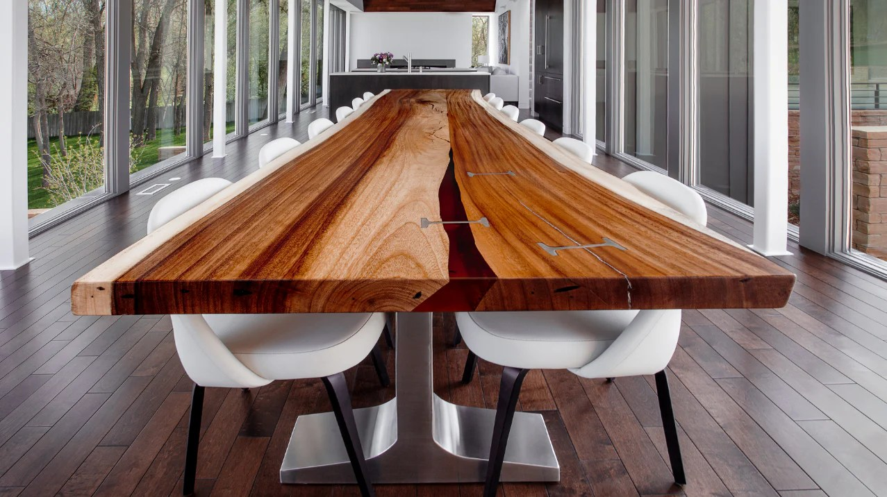 6 tips for styling a live edge table