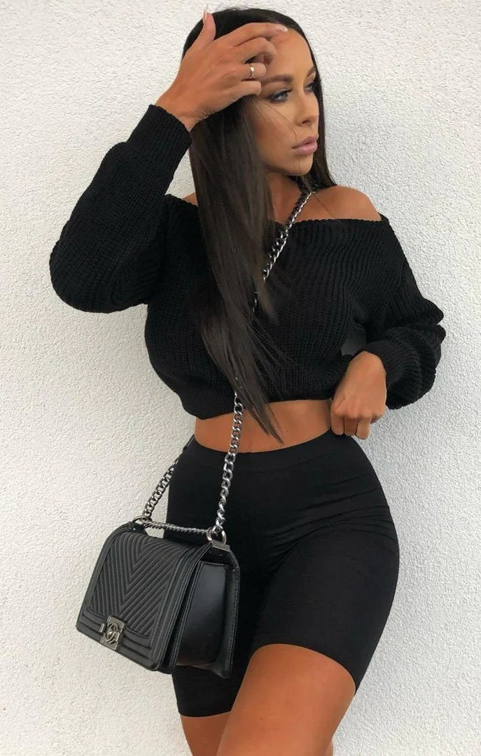 Femme Luxe Black Off Shoulder Jumper – Aspen