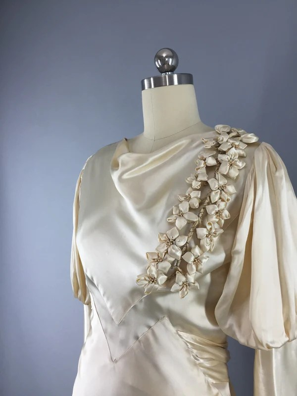 1930s Vintage Bias Cut Ivory Satin Bridal Gown Wedding