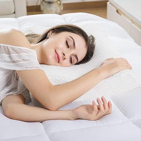 orthopaedic memory foam pillow