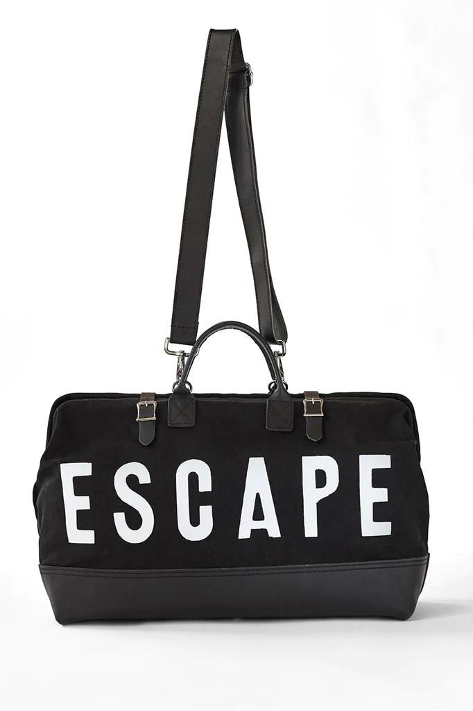 ESCAPE Traveler in Black