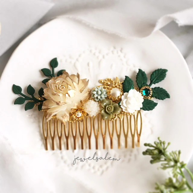 alyssum greenery and gold wedding hair comb