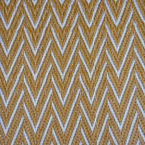 tapis plastique africain chevrons dores et blancs