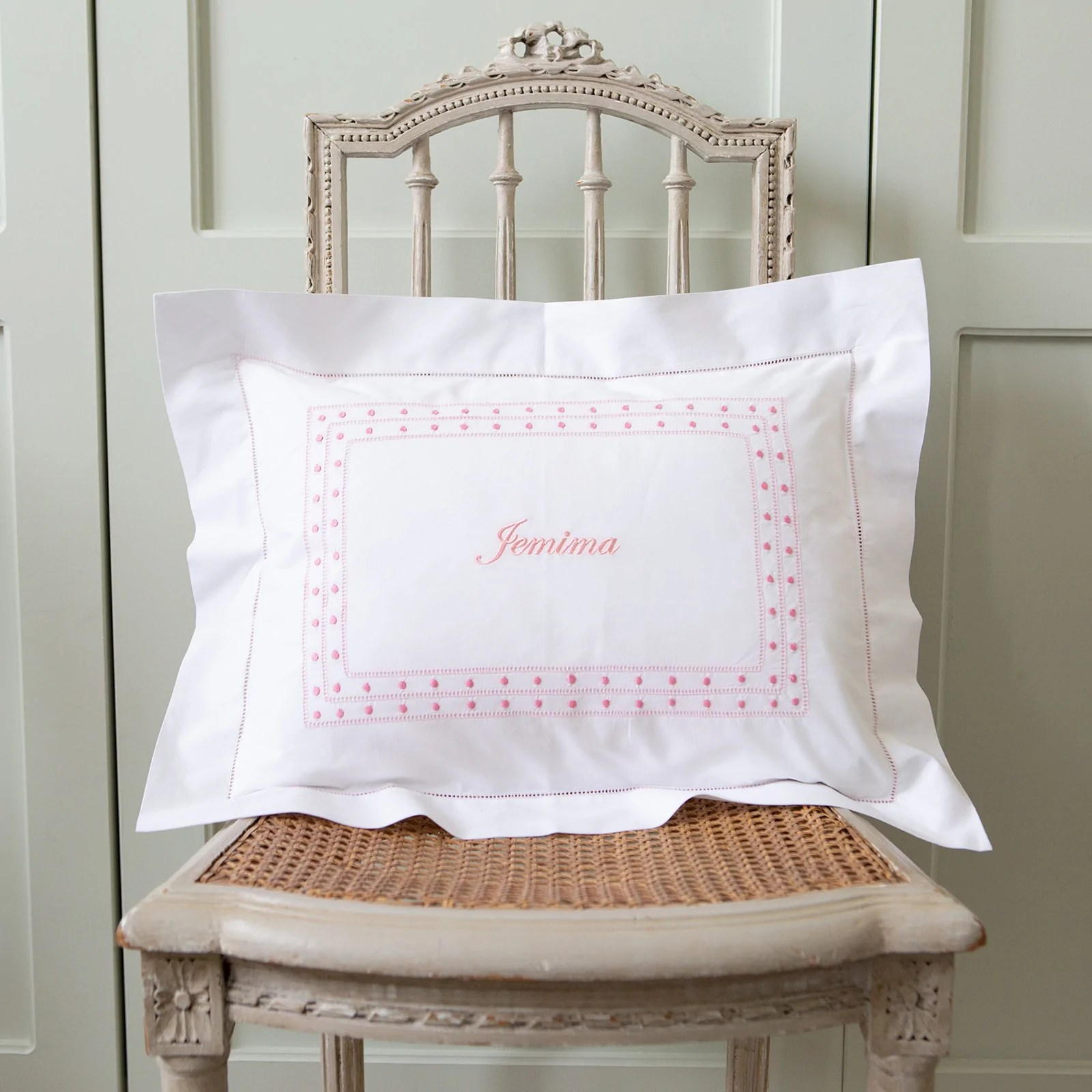 https www sarahk co uk collections baby pillowcases products pink matilda baby pillowcase
