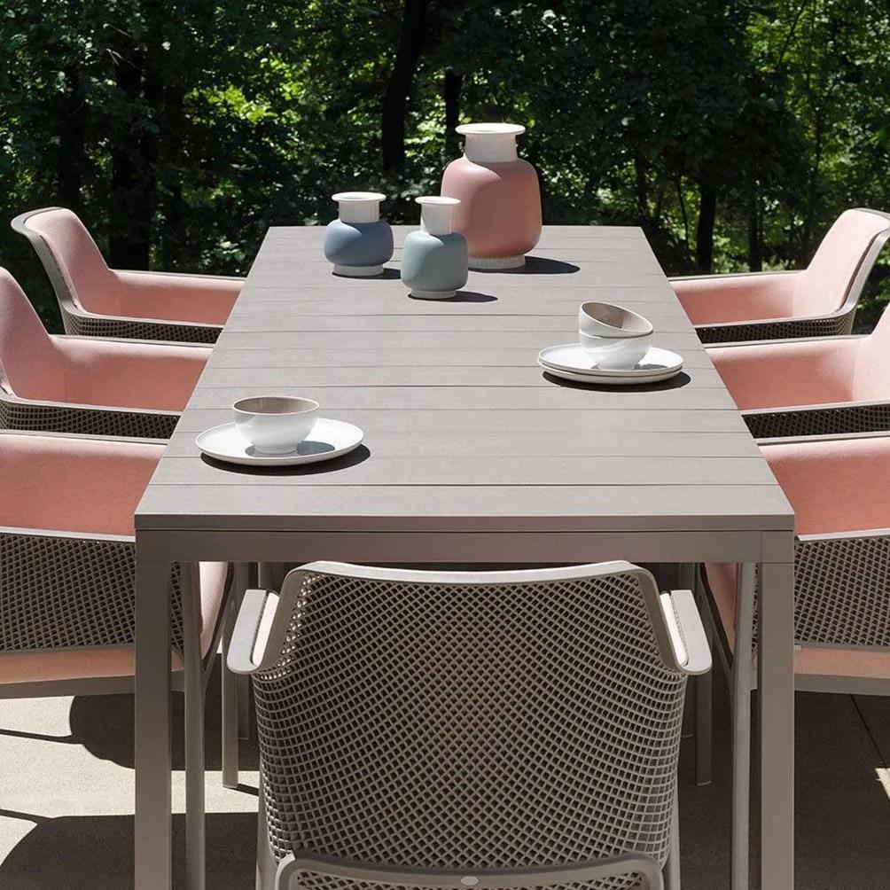 nardi rio 210 extending outdoor dining table 8 10 seater