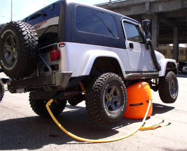 Inflatable Flat Tire Jack – OddGifts