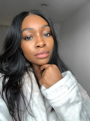 London-based beauty and skincare aficionado Evie Samuel shares her experience using Herbivore products.