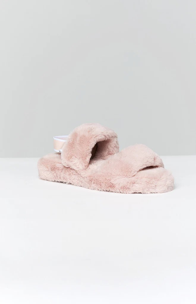 Hugs Fluffy Sandals Blush 2