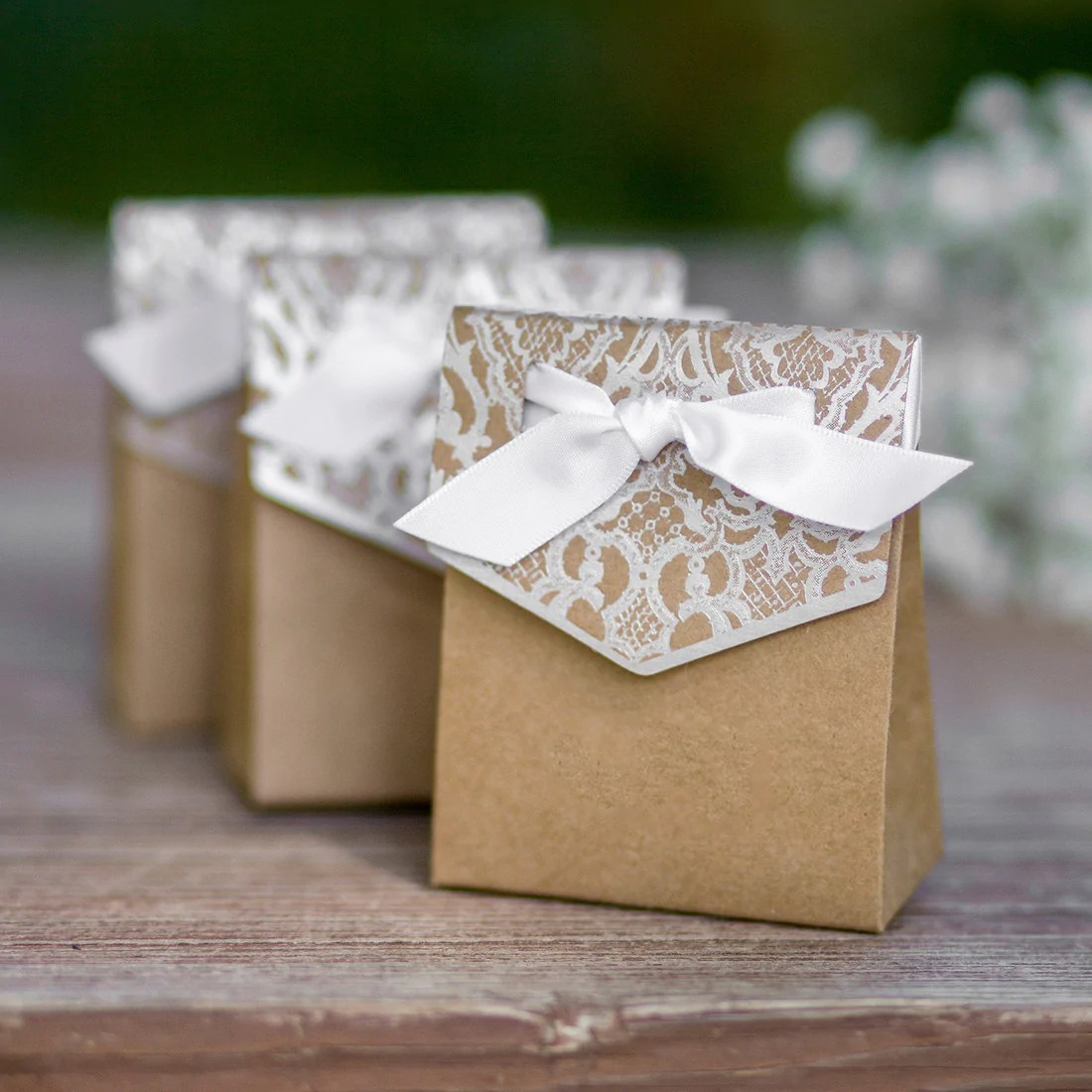 Vintage Tent Favor Boxes     Candy Cake Weddings Vintage Tent Favor Boxes      Vintage Tent Favor Boxes