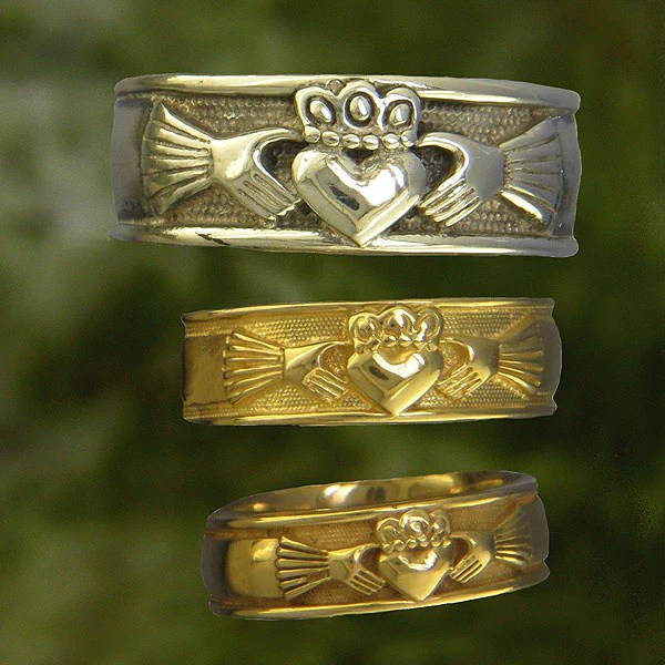 Gold Claddagh Ring C7