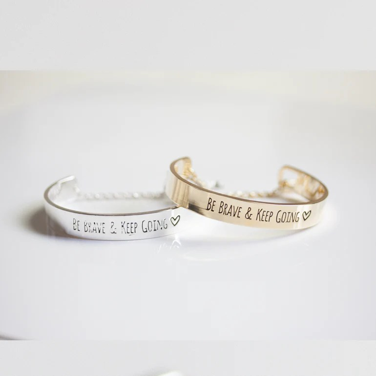 BE BRAVE & KEEP GOING -BRACELET