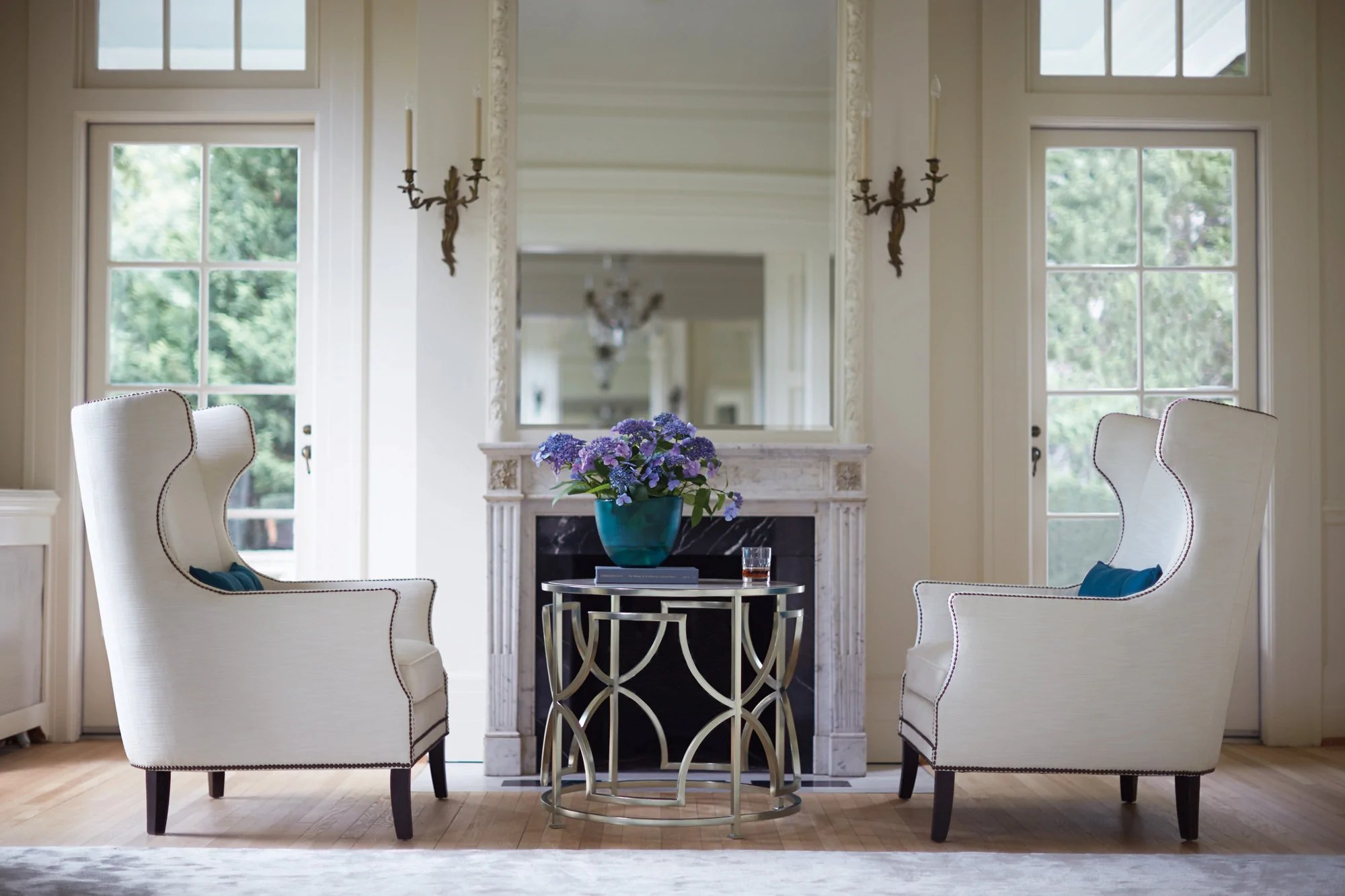 Haven Drum Table   Bernhardt Furniture   Luxe Home Philadelphia Haven Drum Table   Bernhardt Furniture