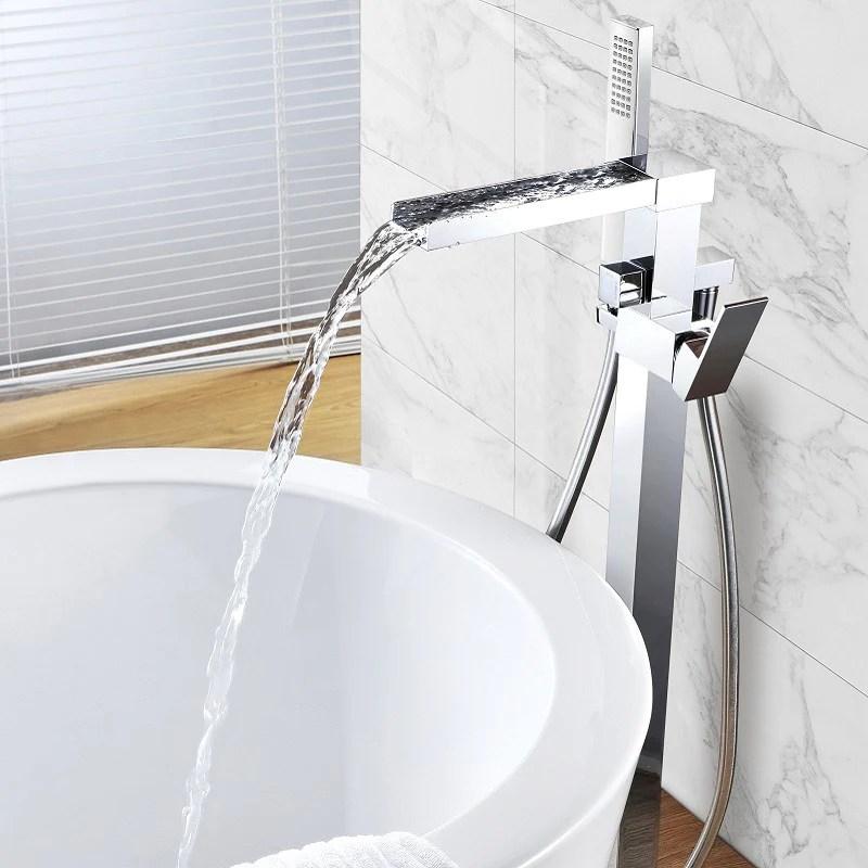 robinet de baignoire en cascade