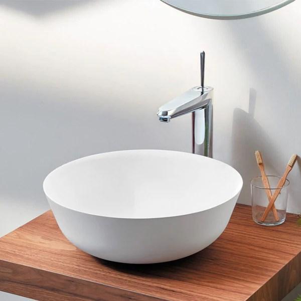 Vasque A Poser Noir Et Blanc En Marbre De Synthese Siena 60 X 42 Cm Le Monde Du Bain