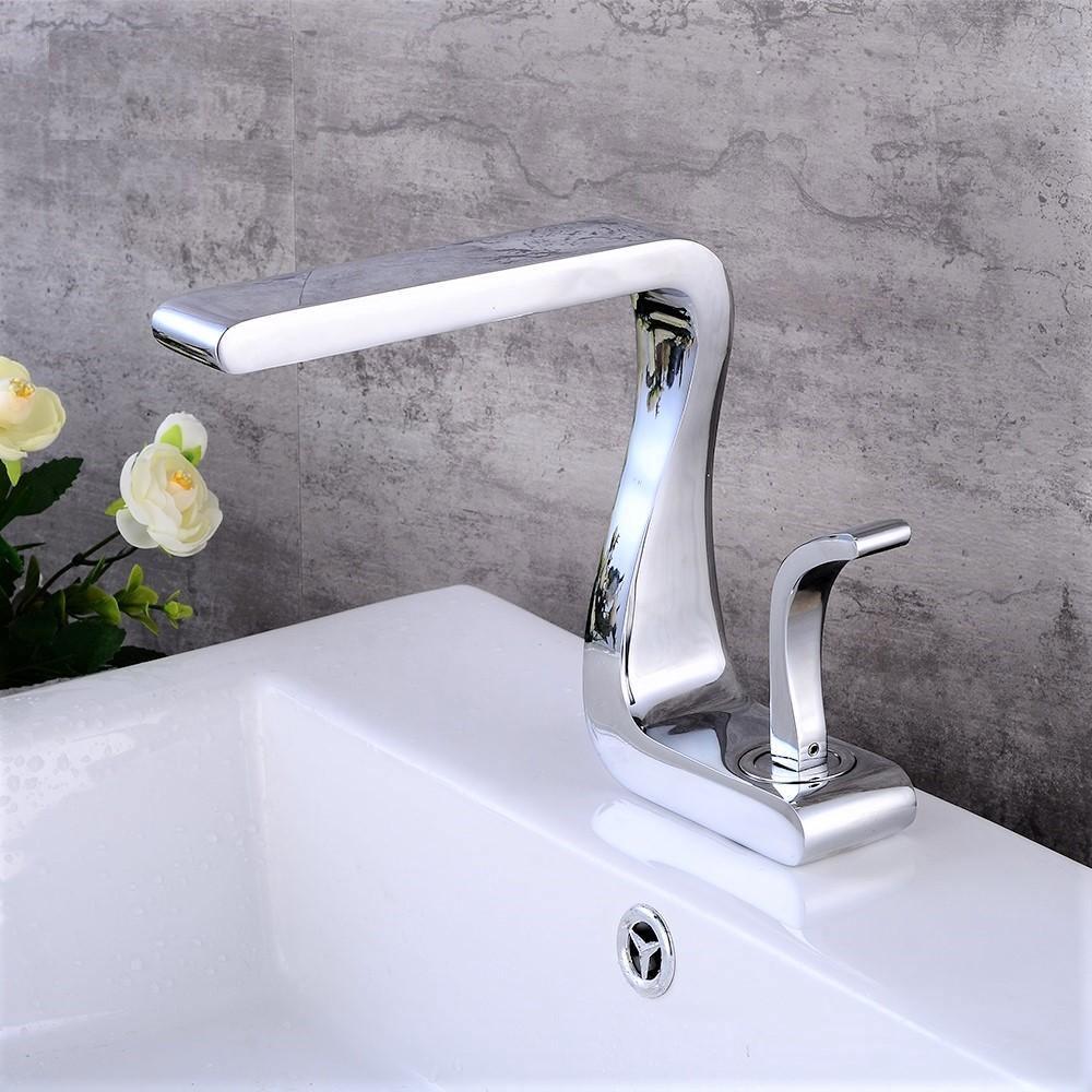 lavatory bathroom sink faucet in antique shape single handle one hole