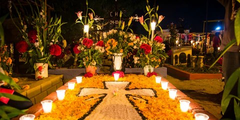 Day of the Dead - Tomb Decoration