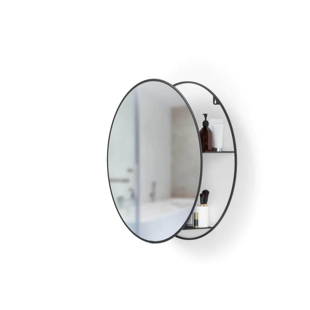 Rundt Spejl Med Hylde I Et Spaendende Design