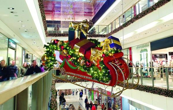 Giant Santa S Sleigh Decor Prop Commercial Christmas